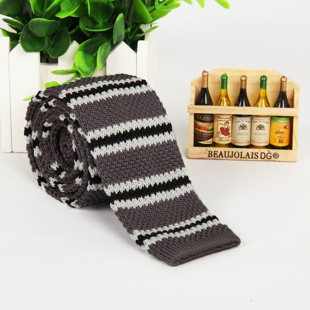 Men 2016 New Dark Gray White Black Striped Knitted Tie Narrow Slim