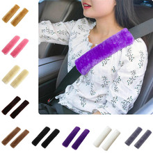 2 sztuk miękkie samochodów Seat Belt pokrywa kożuch poduszka do pasa bezpieczeństwa Pad pas bezpieczeństwa pas bezpieczeństwa pokrywa klocki na #8230 tanie tanio CN (pochodzenie) 9 84cm Plush seat belt pillow 271205