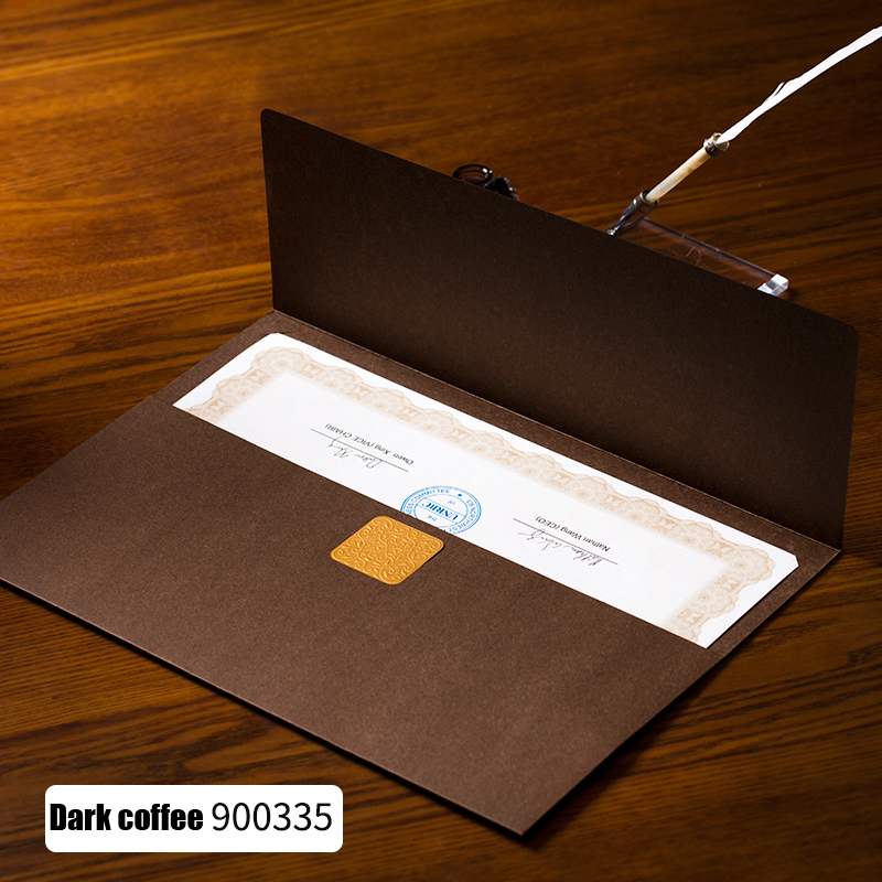 Купить с кэшбэком CUCKOO 1pcs certificate document paper envelope novelty dignified elegant three folding file sets Hot stamping sliver paper