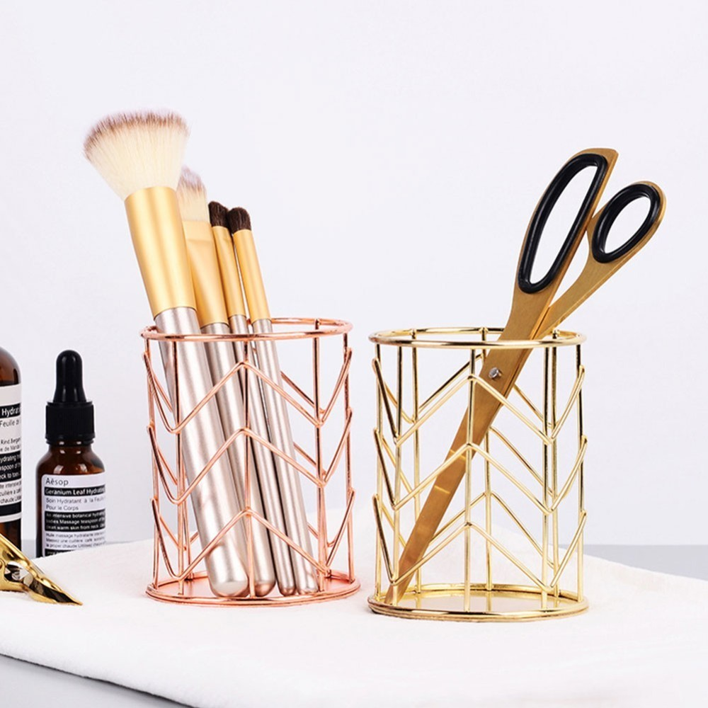 Makeup Brush Holder Metal Mesh Basket Desk Storage Organizer Wire Golden Pen Pencil Storage Case Holder Beauty Makeup Kit Holder