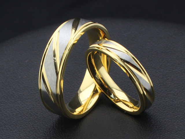 engagement wedding ring set hot sale 18k gold couple rings for men and women stainless steel - Wedding Ring For Sale