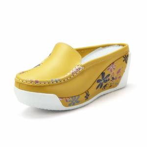 Image 3 - Beyarne本物のレザーシューズレディーカジュアルホワイトウェッジファッション女性の靴通気性の単一のナース厚底プラットフォーム