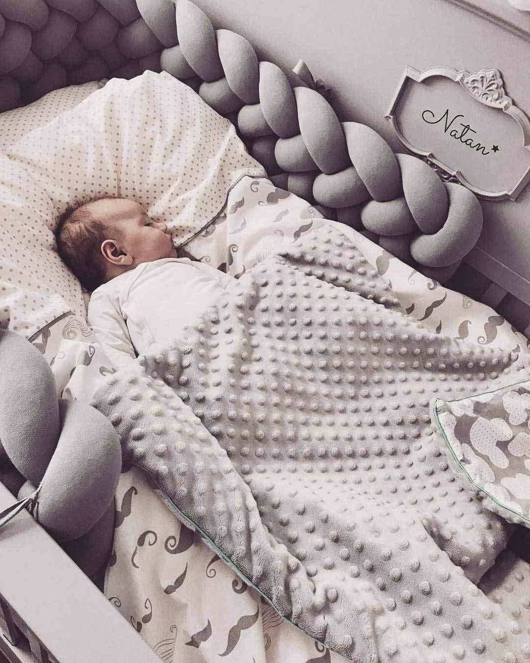 1 Pcs 1 M/2 M Artesanal Nó Nodic Recém-nascidos Do Bebê Bumper Cama Longo Atada Trança Travesseiro da Cama de Bebê amortecedor Nó Berço Infantil Room Decor