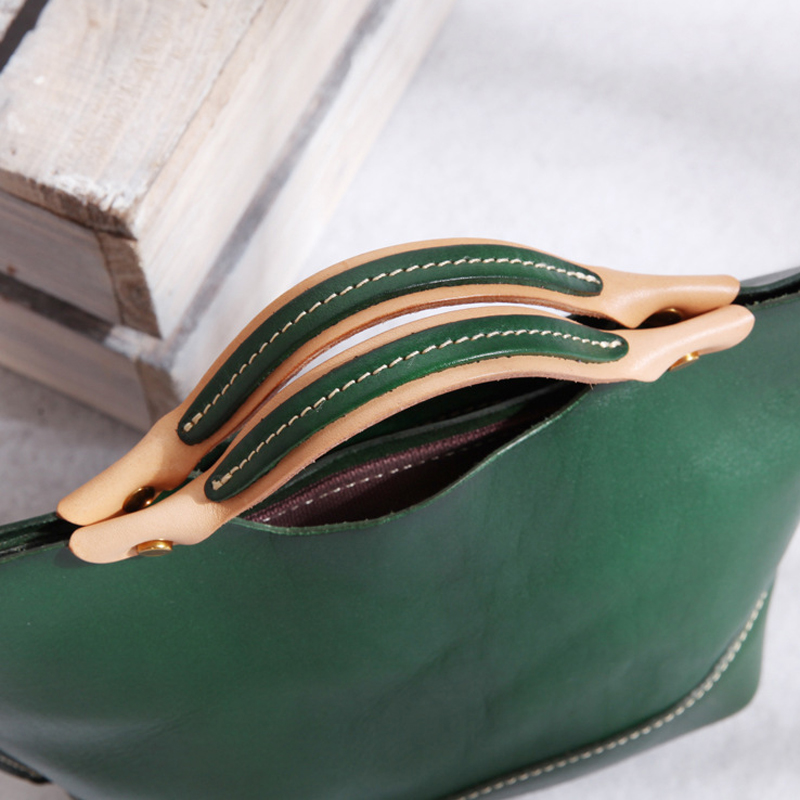 YIFANGZHE Genuine Leather Crossbody Bags for Women, Small Vintage Girls Shoulder Mini Clutch Bag Roomy Purse Messenger Bags