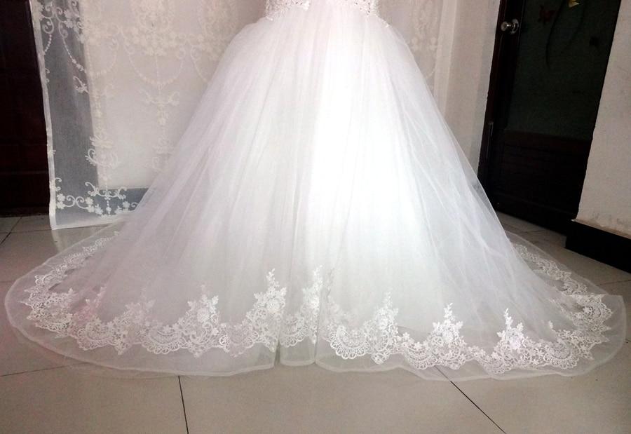 Imagini reale White Ivory Big Tren de nunta rochie Vintage musulman - Rochii de mireasa - Fotografie 4