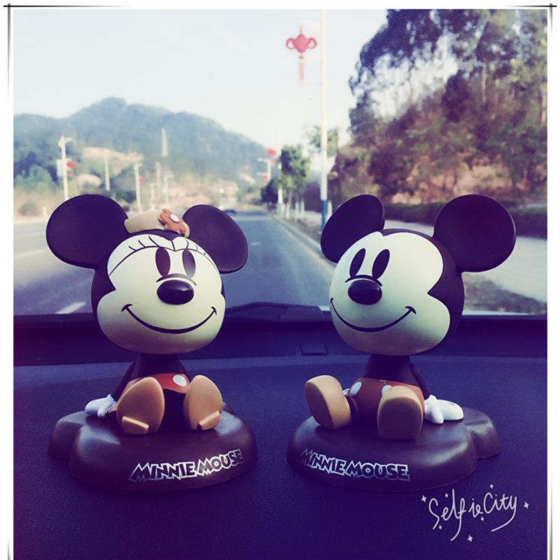 New Cartoon Fashion Lovely Cute Automobile Headshaking Doll Mickey Mouse Lovely Car Decoration Products Car Ornaments
