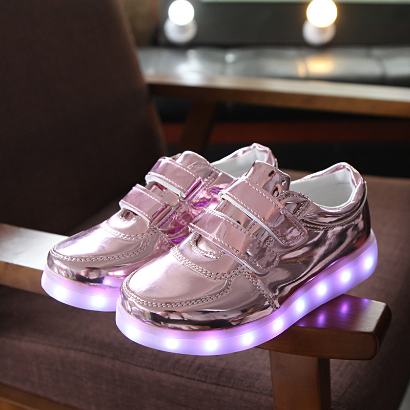 Children's Glowing Sneaker Boys Girls Luminous Sneakers 3 Colors  Waterproof USB Charing Led Shoes For Boys Girls Christmas gift 2017 glowing sneaker boys girls usb charger led shoes high top luminous sneakers casual lace up unisex sports shoes for children