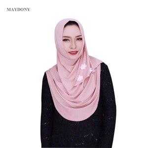 Image 5 - TJ85 חדש קל ללבוש המוסלמי Hijabs Fashionscarf של נשים את משי שולי גבוהה כמות גבירותיי צעיפי Showl (לא סיכה)