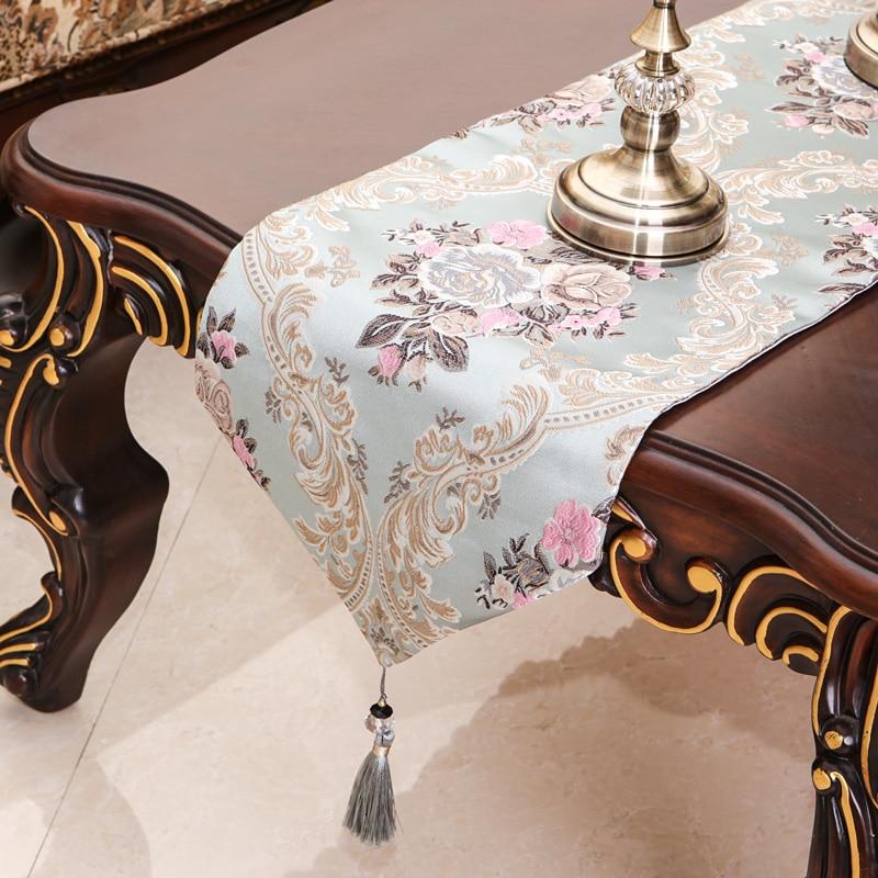 De luxe Européenne broderie table drapeau Nappe Brodé Moderne Table Coureurs Drapeau de Table Dîner Tapis Textile de Maison