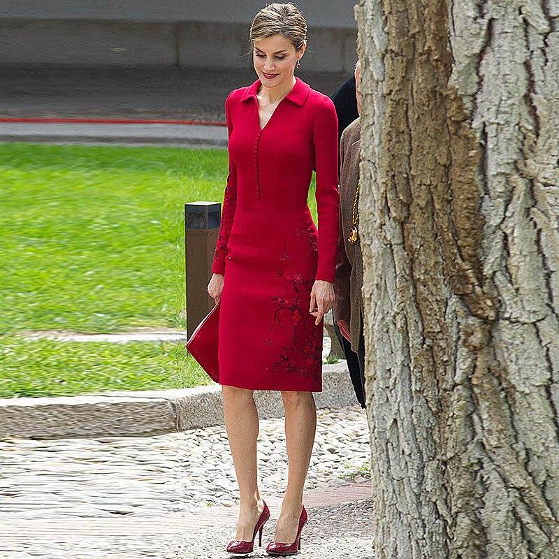Letizia di Alta Qualità 2019 della Molla Nuove Donne Di Modo Del Partito Sul Posto di lavoro Dell'annata Elegante Chic Manica Lunga Rosso Abito Ricamato-in Abiti da Abbigliamento da donna su  Gruppo 1