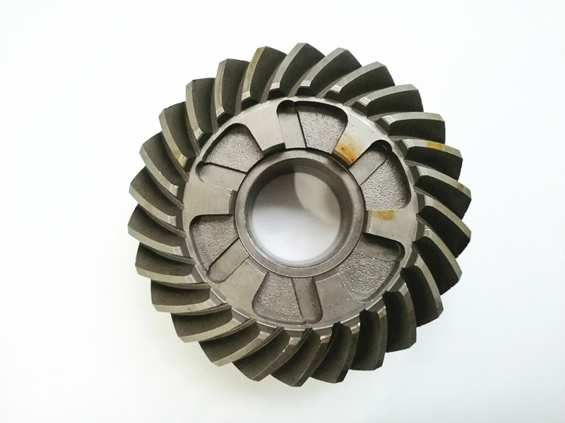 13T 6E5-45551-01-00 YAMAHA 115HP-130HP PINION GEAR 6E5-45551-00