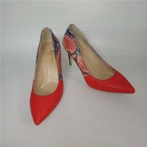 Image 5 - מותג אביב קיץ נשים גבוהה עקבים נעלי הבוהן מחודדת אדום תפרים 10CM משאבות אופנה סקסית נעלי התאמה מצמד תיק a93 9