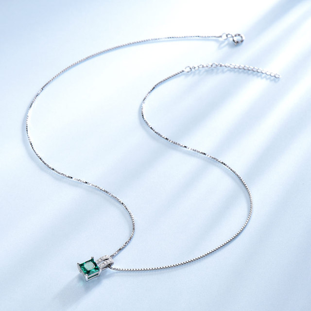 UMCHO Pure 925 Sterling Silver Pendants For Women Green Princess-cut Emerald Charm Wedding Pendant Fine Jewelry Without Chain 2