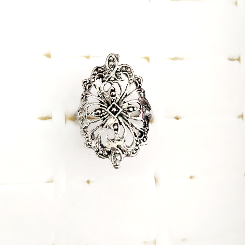 New Arrival Charms Punk Fashion Exaggerated Butterfly peacock Rings for Men and Women Vintage Retro Dragon Ring Jewelry image