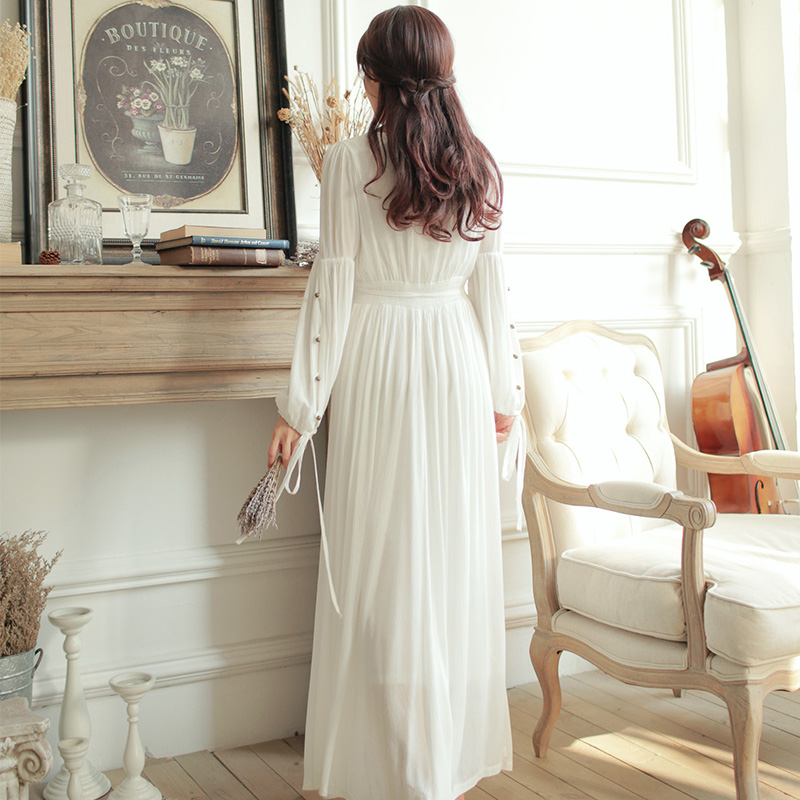 Pure Cotton V neck High Waist Vintage Sleepwear Royal Princess Nightgown  White Nightdress With Beads Full Vestidos-in Nightgowns   Sleepshirts from  ... 82442acb3