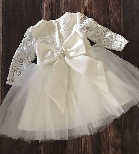 купить White Ivory Lace 2019 New Baby Girl Baptism Dress Flower Girl Dress Long Sleeve Christening Gown Custom Made по цене 4844.82 рублей