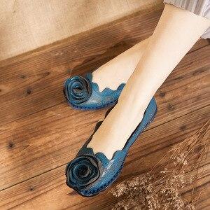 Image 5 - DONGNANFENG Frauen Mutter Weibliche Damen Schuhe Wohnungen Müßiggänger Kuh Echtes Leder Runde Slip Auf Schweinsleder Floral Blume 35 42 XR 1