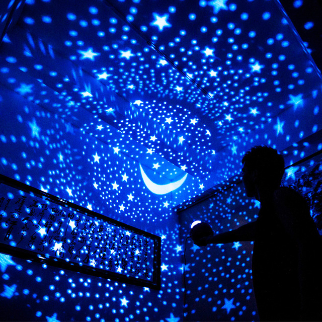 Attrayant Lucky Fish Starry Sky Projector LED Night Light Remote Control Rotating LED Bedroom  Night Lamp Novelty