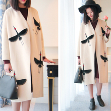 [TWOTWINSTYLE] 2017 Winter Crane Embroidery Batwing Sleeves Long Wool Coats Women New Cocoon Style