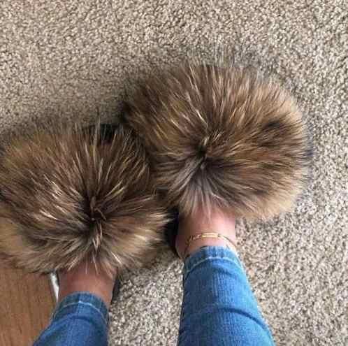 Real Raccoonขนสัตว์รองเท้าแตะผู้หญิง 2020 Sliders Casual FoxผมแบนFluffyแฟชั่นฤดูร้อนขนาดใหญ่ 45 Furry Flipรองเท้า