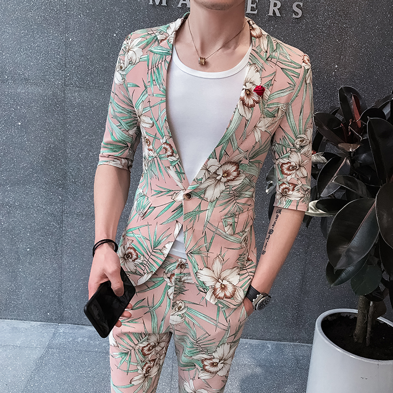 2020 Mens Summer Suits Slim Fit Mens Fashion Suits Pink Tuxedos Flowers Suits Mens 2 Pcs Slim Fit Floral Homecoming Dresses Club