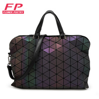 New Bao Bao Women Luminous Sac Baobao Bag Diamond Tote Geometry Quilted Shoulder Bags Saser