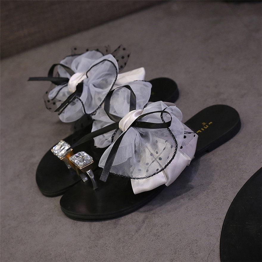 Fashion Women Summer Flower Bow Flat Heel Toe Sandals Slipper Flip Flops Crystal Beach Shoes High Quality Casual Shoes zapatos 2018 new bohemian women sandals crystal flat heel slipper rhinestone chain women casual beach shoes size 34 44