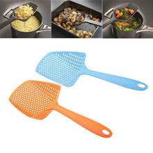 1Pc Plastic Fishing Colander Kitchen Tool Strainer Portable Spoon Scoop Utensil