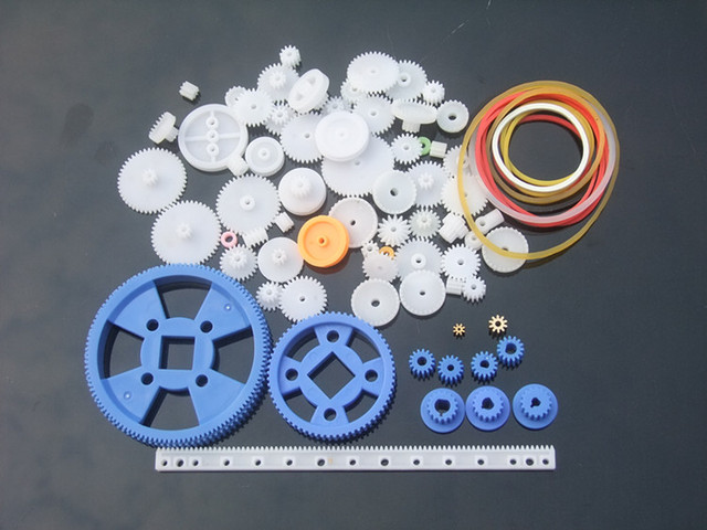 80pcs/lot Plastic DIY Gear Set Single Double Layer Crown Shaft Axle Sleeve Tooth Strip Bevel Gear Free Shipping Russia