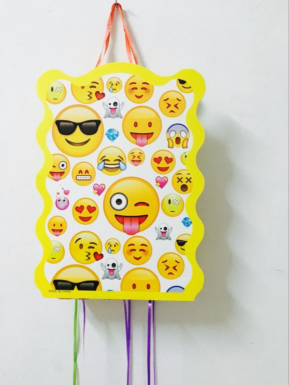 1SET LOT EMOJI PINATA KIDS BIRTHDAY PARTY FAVORS FUNNY GAME PLAYING HAPPY SUPPLIES