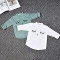 Camisas de los niños muchachos de los bebés blanco verde-azul de manga larga ojo modelo de la jirafa de los niños camisa de niño de algodón blusas lobo y rita