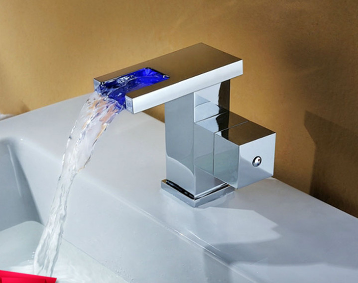 new hydroelectric basin faucet hot and cold tri-color LED light thermostat Lavatory Faucets patented productnew hydroelectric basin faucet hot and cold tri-color LED light thermostat Lavatory Faucets patented product