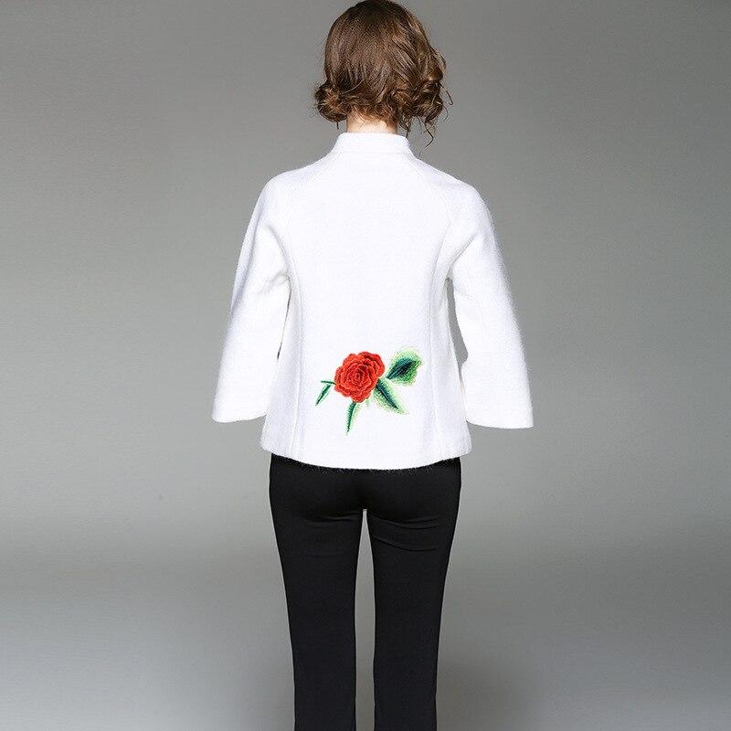Nouveau Manteau Femme Noir Col Tops De Rose Femmes Slim D'hiver Montant blanc Qualité Pour Casual 2017 Broderie Haute Automne dnIwPda6