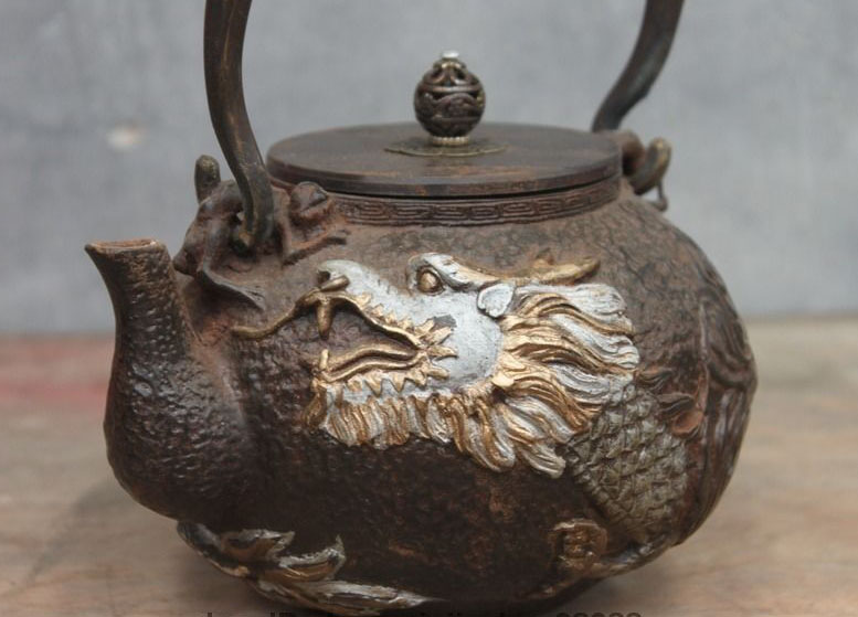 Chinese Collect Archaic Japan Iron Dragon God Flagon Kettle Wine Tea PotChinese Collect Archaic Japan Iron Dragon God Flagon Kettle Wine Tea Pot