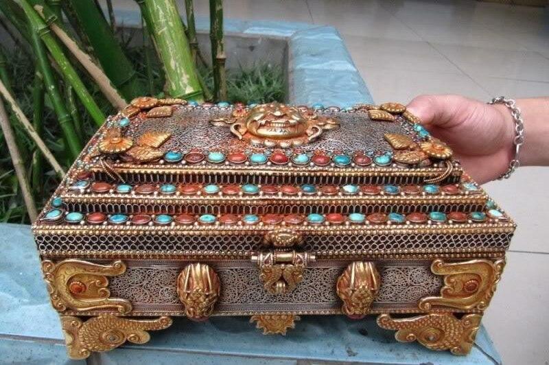Tibetan Silver 24K gild inlay carbuncle beryl jewel box