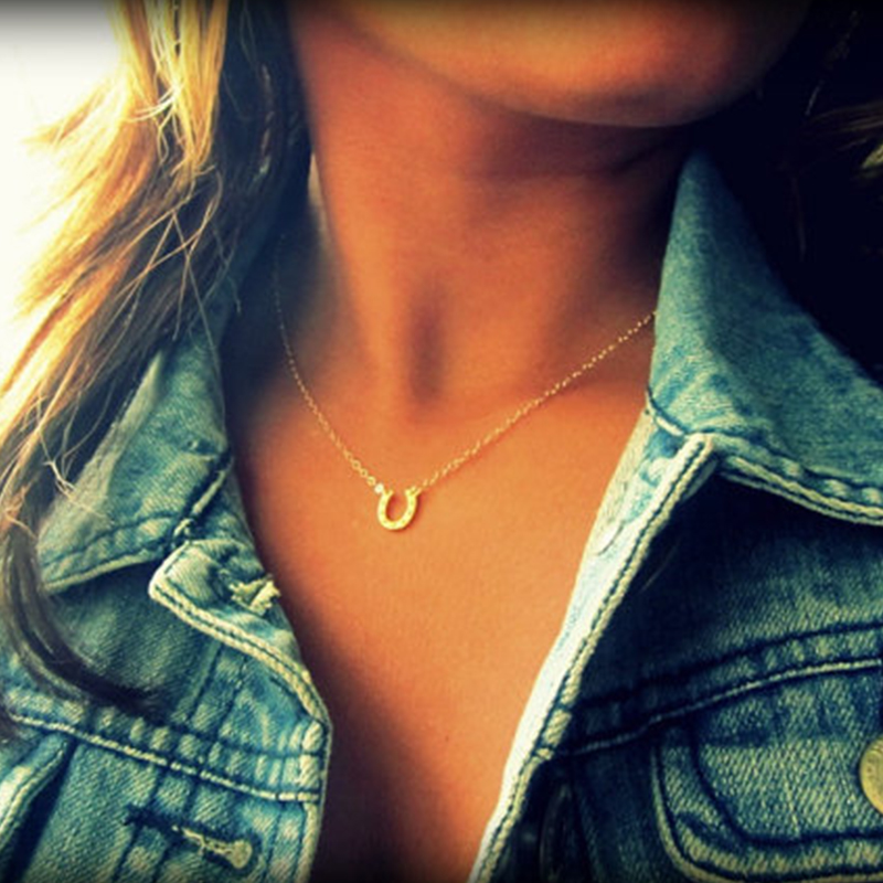 New arrivals simple charm necklace summer women's wedding accessories beautiful metal horseshoe pendant necklace