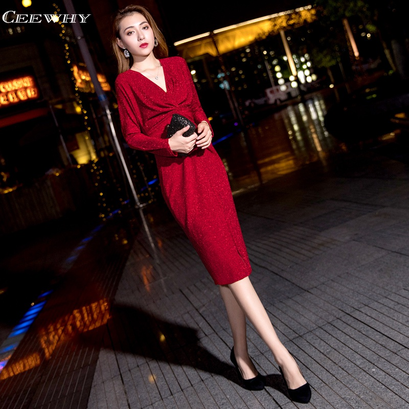 CEEWHY V neck Long Sleeve Red Short Prom   Dresses   Tea Length   Cocktail     Dresses   2019 Mermaid Party   Dress   for Women