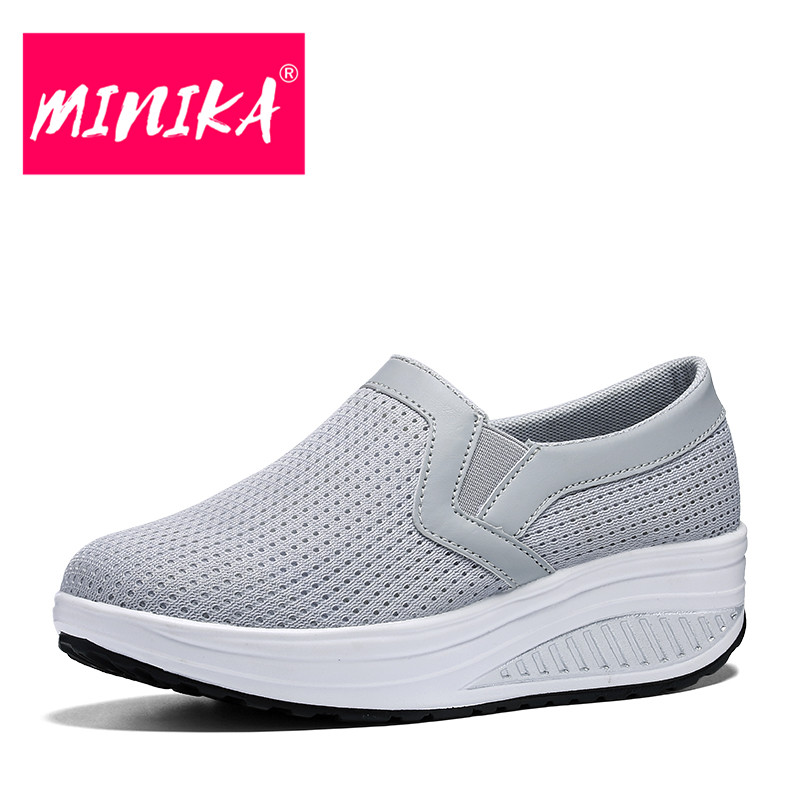 MINIKA Slip On Platform Shoes Women Breathable Leather Upper Shallow Women Flat Shoes Big Size Comfortable Women Loafers Shoes minika new arrival 2017 casual shoes women multicolor optional comfortable women flat shoes fashion patchwork platform shoes