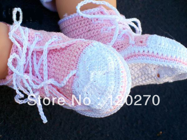 Free Knitting Pattern For Baby Tennis Shoes : Free shipping Wholesale Crochet Baby Boys Sport Shoes Sneakers Newborn Infant...