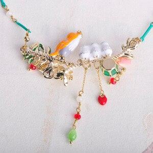 Image 4 - Blucome renkli çiçek kuşlar şekil emaye kabuk gerdanlık kolye küçük boncuklar takı kadınlar için kız elbise parti aksesuarları