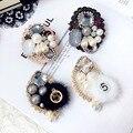 Frauen Mädchen Brosche Pins Abzeichen Serie Große Metall 5 Pelz Kette Perle Strass Großhandel Mantel Koreanische Handarbeit Mode Zubehör