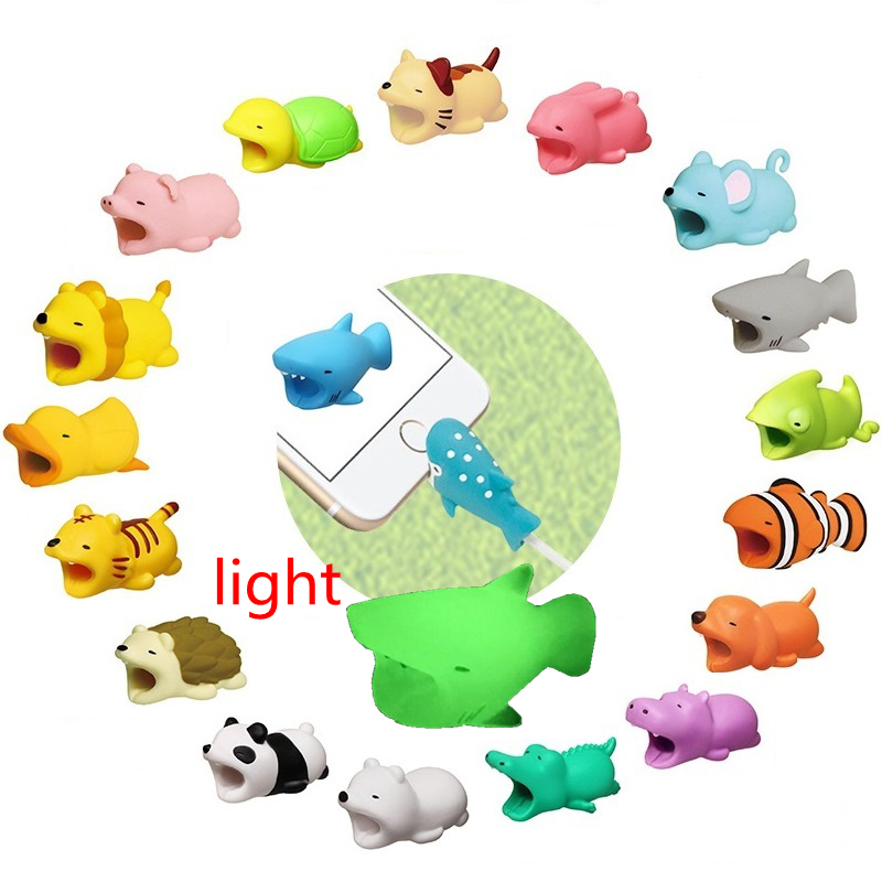 Cute Animal Bites Protector For IPhone Charger Cable Protector Wire Holder Funny Toys Cable Buddies Sujeta Cables Kabel Diertjes