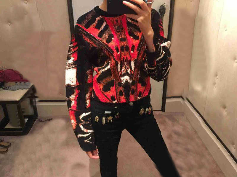 Женские Подиумные костюмы 2018 Новая мода абстрактный узор бабочки жаккардовый вязаный пуловер свитер + миди юбка рыбий хвост Дамский комплект