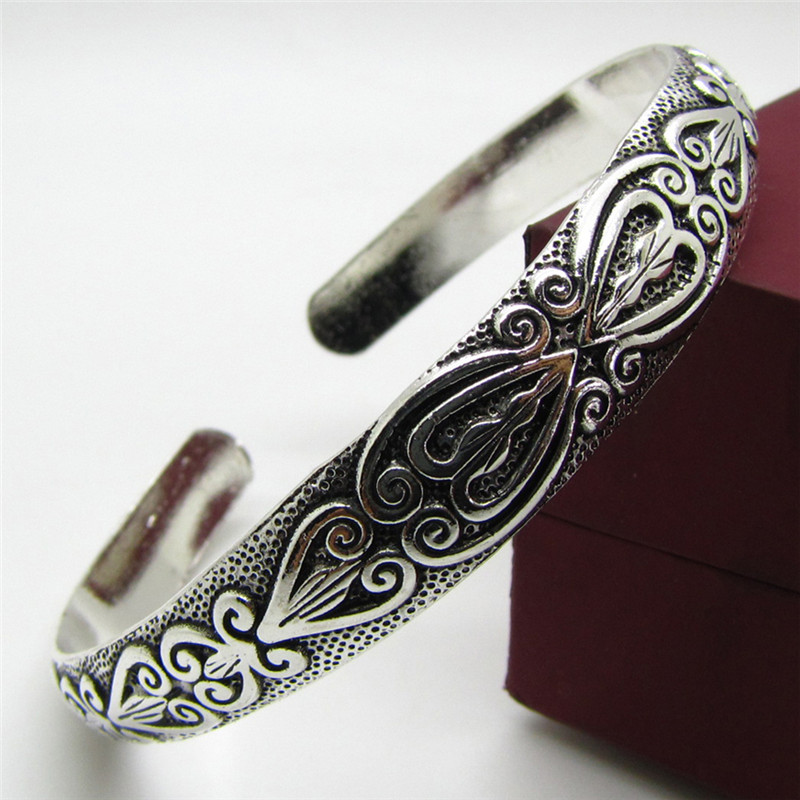Retro Boho Wristband Carve Heart Thai Silver Brand Bangles Bracelet Silver Black Bracelet Men Women Fashion Jewelry bangle