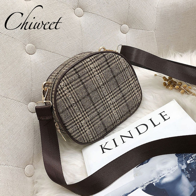 2019 Women Wool Trendy Plaid Bag Brand Designer Small Round Handbag Vintage Wide Shoulder Strap Bag Female Casual Messenger Bags