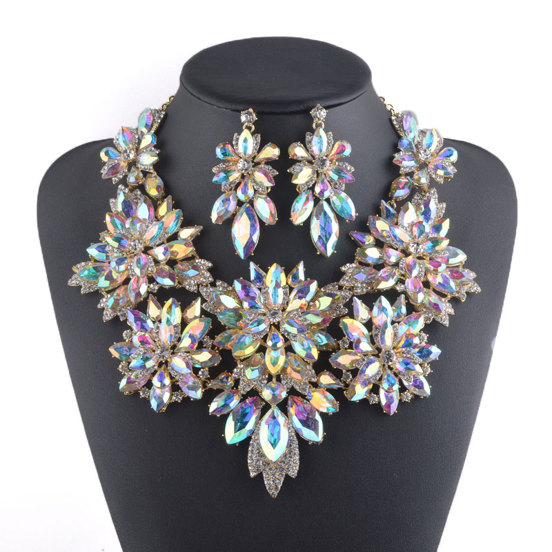 Golden plated Aurora Crystal Jewelry sets Flower design Necklace sets Bridal wedding jewellery women party Necklace earrings new fashion multicolor crystal exaggerated flower shape necklace and earrings sets for women party bridal wedding jewelry sets