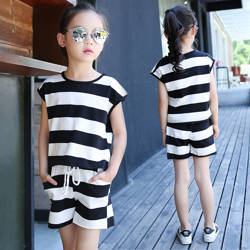 2017 children's girls short-sleeved suit summer striped cotton clothing casual T-shirt girls set shorts suit 2-14 years 7