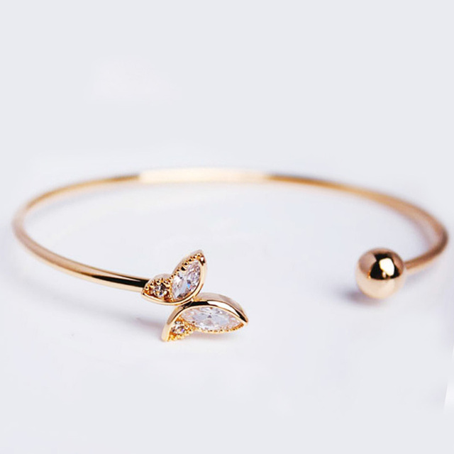 Simple 1PC Gold Butterfly...