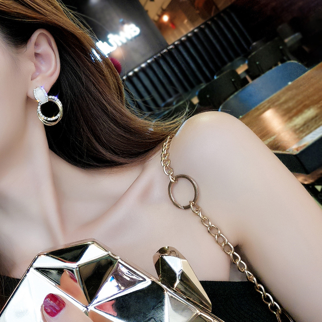 Classic Acrylic Women Stud Earrings Circle Earrings Fashion Jewelry Womens Accessories 5