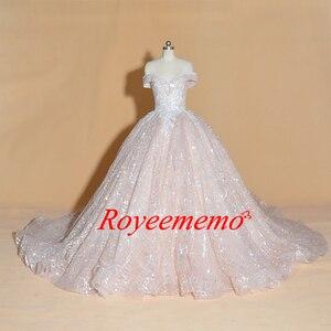 Image 2 - Vestido דה Noiva כבוי כתף חתונת שמלת וינטג Robe De Mariage מיוחד תחרה עיצוב מבריק לוקסוס חתונה שמלת מפעל